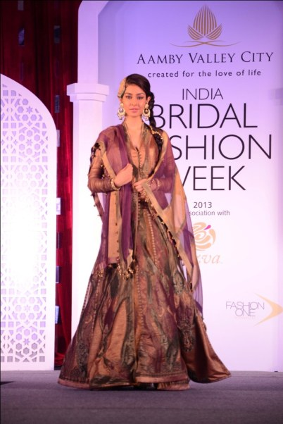 Model showcasing Ashima Leena's collection