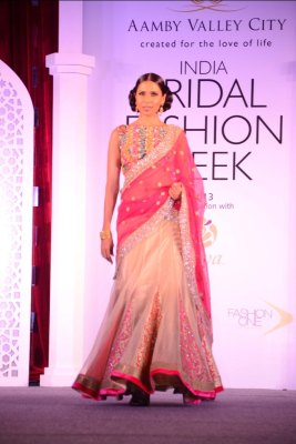 Model showcasing Jyotsna Tiwari's collection